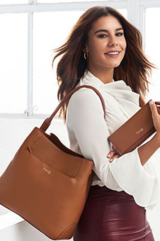 Plume Elegance Hobo Bag